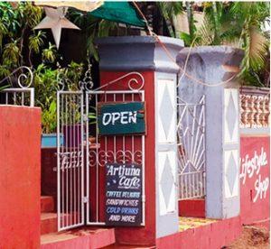 Artjuna Cafe and Yoga Bones