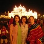 Biannka, Gabi and Mel at the Mysore palace